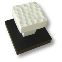 Вешалка керамическая белая на подложке под венге